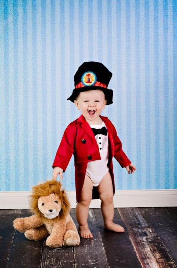 Shop for a Ringmaster or Lion Tamer costume here at our selection of circus costumes. Celebrate an incredible run for the World's Greatest Show and show your support for the + year old fan favorite Ringling Brothers with a circus costume for Halloween this year.