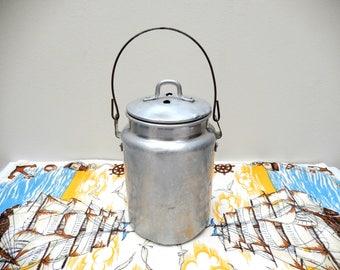 vintage milk pail, Buckeye Aluminum can, 2 quarts, vintage milk container, vintage kitchen, home decor