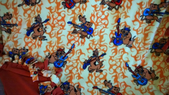 Scooby Doo Guitars No Sew Fleece Blanket