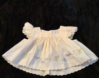 Vintage baby dress 3-6 months