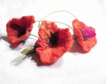 Poppies Hand Felted Necklace Three Flower Felt Meadow Hand Felted Wool Silk Folwers Poppies Felt Meadow