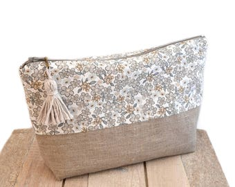 Floral clutch in natural linen and cotton