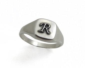 Silver ring. Monogram ring. Unisex ring. Monogram ring. Initial oxide ring. pinky ring. Signet ring. Personalized ring. (2134),men ring