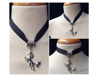 Horse lover gift for girls, horse lover jewelry, Equestrian gift, Equestrian necklace, silver horse jewelry, Veterinarian gift, gift for her