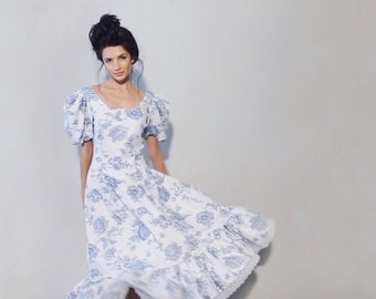 Ashleigh Dress | 1980s Vintage Floral Puff Sleeve Scoop Back Ruffle Hem Tea Length Dress | Size M/L