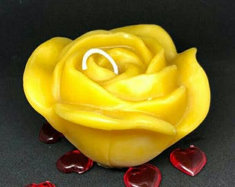 100% beeswax Rose candle. Decor or gift!
