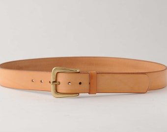 Full grain 4.5mm natural leather belt with solid brass buckle