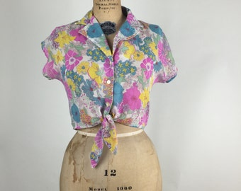 1960s. colorful. button up. front tie blouse. extra small-small