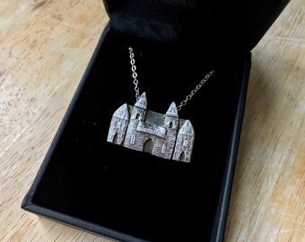 Château I - Necklace with Sterling Silver Chain