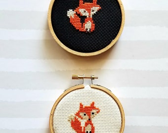 "3"" round fox cross stitch"
