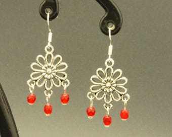 Romantic red faceted earrings