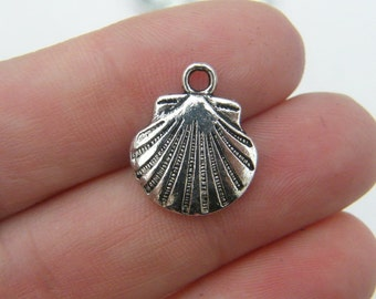 8 Shell charms antique silver tone FF159