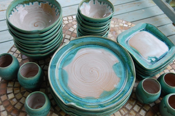 Eclectic Dinnerware Set Of 4 Place Settings In Turquoise And