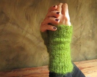 """Wrist warmers in """"warm"""" light green silk and Mohair"""