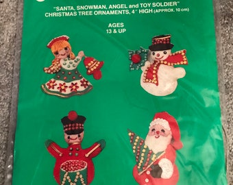 Soldiers sewing kit etsy vintage1970sjeweled feltchristmas solutioingenieria Images