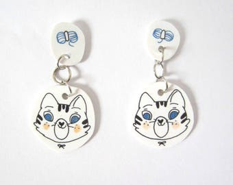 Barnes cat earrings