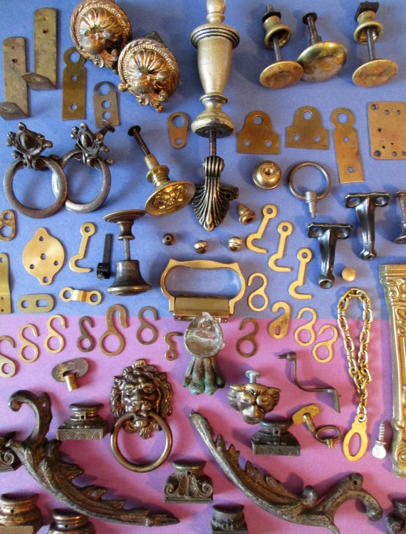 Large Lot of Antique & Vintage Furniture / Clock / Wall Ornaments - Lots of Brass+ Cast Metal Items for your Creative Projects