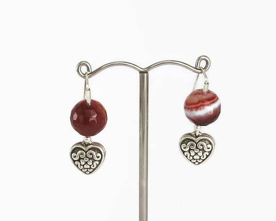 Sterling silver embossed heart earrings with marbled, faceted, and banded agate, dangle earrings, 7 grams