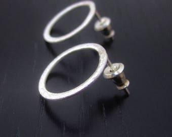 Sterling silver circle stud earrings, minimal circle studs, modern geometric earrings, contemporary everyday post earrings, small post hoops