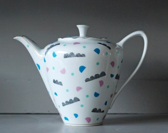 SALE! Extra large waves and shapes screenprinted vintage teapot