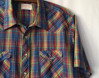 Men's vintage plaid wrangler button down shirt