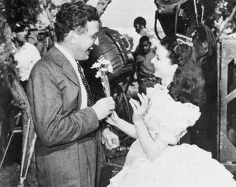 David O. Selznick PRODUCER Gone With the Wind & Rebecca Hand- Written brief note on telegram w Cert. of Authenticity +  print w Vivien Leigh