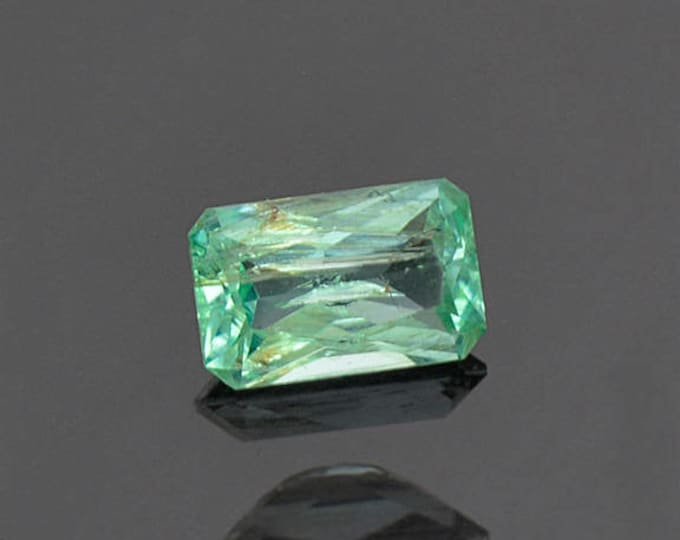 Nice Mint Green Emerald Gemstone from Colombia 0.76 cts.