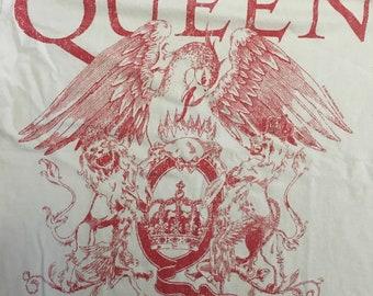 Vintage Queen T-Shirt