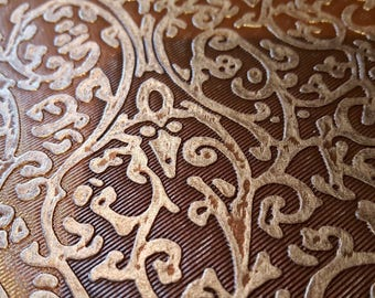 Fabric faux leather Brown Baroque and metallic effect. (40.60.47 - i2 *)