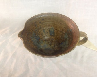 Lovely and practical stoneware pouring/mixing bowl with spout and handle, in blue, brown and gold