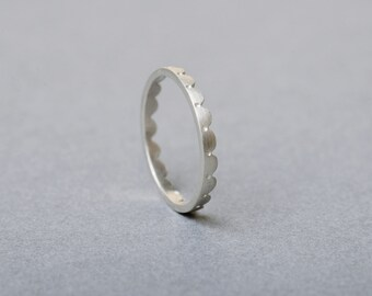 Silver Scalloped Ring Fine