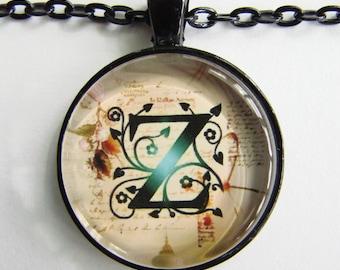 "Erste ""Z"" Halskette--Green Vine Muster personalisierte Buchstabe Z Halskette, Halskette Hochzeit, Brautjungfer, Polterabend, Freundschaft token"