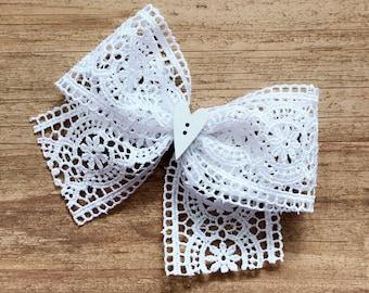 Thick crochet hair bow