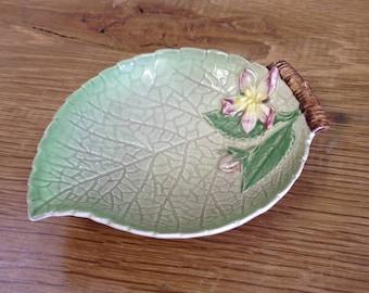 Vintage Carlton Ware Australian Design Floral Ceramic Pottery Dish - Australian Design - Good Overall Condition.