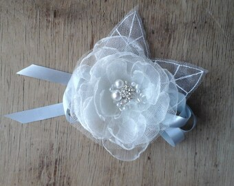Light Ivory  Bridal Flower Corsage Flower Wrist Corsage Wedding Accessories Organza Flower Bridesmaid Corsage