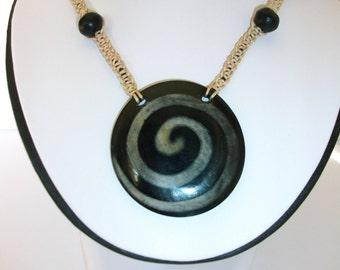 disc pendant