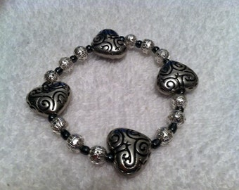 Black and silver heart swirl 1