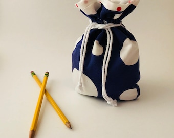 Polka dot drawstring bag
