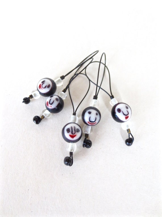 knitting stitch markers / faces / row counter tool / snag free stitchmarkers / hip cool / glow in the dark beads / popular knitter gift tool
