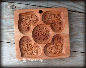 Hearts. Wooden carving mold for gingerbread, springerle cookie, cookie mold, wood.