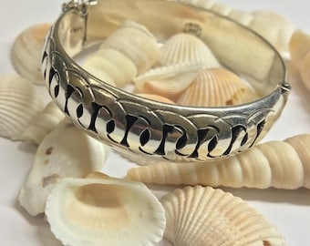 Vintage 925 silver abstract bangle L320