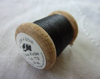 Spool of silk beaded 16 m color 773