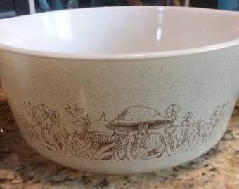 Vintage Pyrex  ~ Forest Fancies Bowl