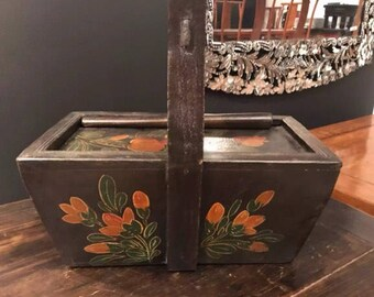 Chinese Antique Painted Wooden Basket with a Lid