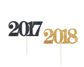 New Year's Eve Decorations. New Years Eve Cupcake Toppers. Happy New Years Eve Party.  2017 or 2018 Cupcake Toppers.