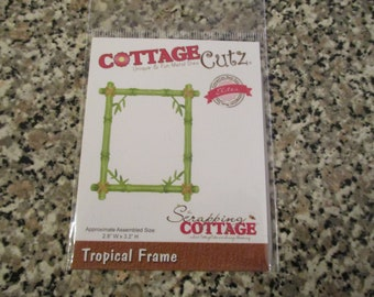 Cottage Cutz Tropical Frame Die
