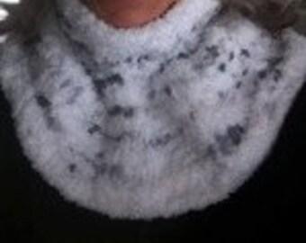 Extra-Plush, Super-Soft Macro-Fleece White Cowl Neck w/ Grey Baubles