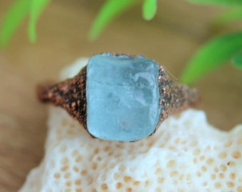 Raw aquamarine  ring, statement rings, aquamarine, unique rings, raw ring, rough rings, tumbled stone, march birthstone, blue stone