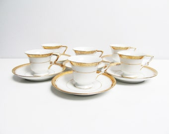 French porcelain demi-tasse Coffee service / Tea service set, 6 cups and saucers, gold rims hand painted France