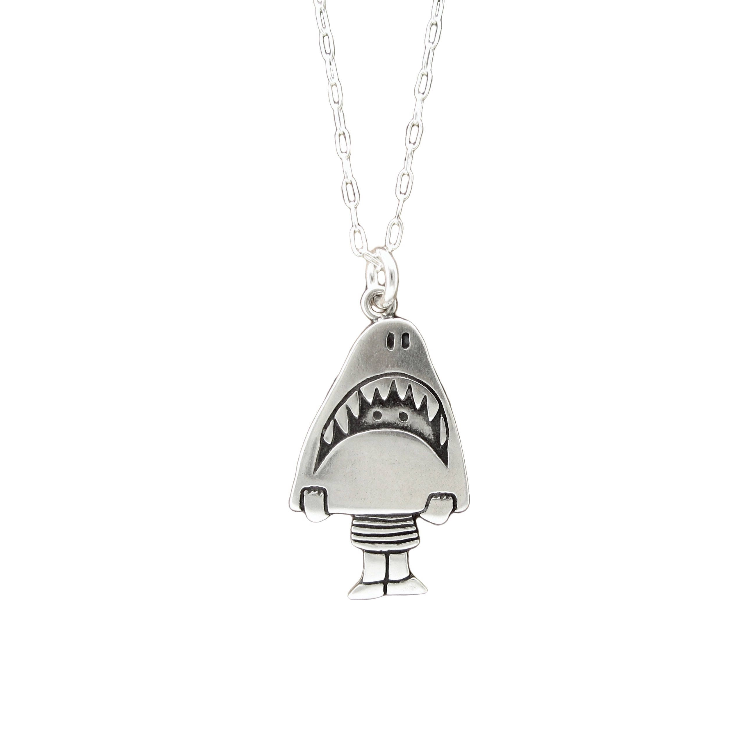 pin hammerhead gold necklace bling tooth shark pinterest diamond